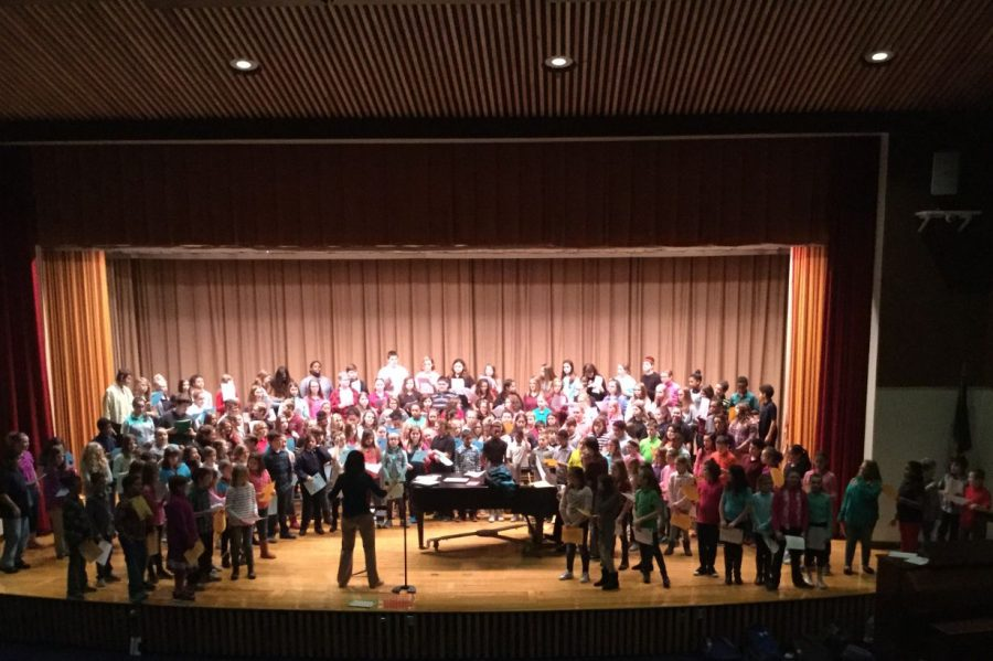 DHHL+choirs+prepare+for+holiday+concert
