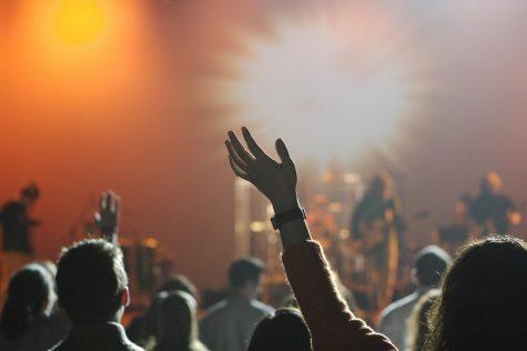 'Fall Out Boy' impresses at Hersheypark Stadium