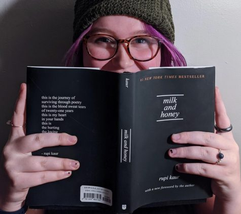Showing off my most recent book I've read! Milk and Honey by Rubi Kaur is a gorgeous poetry book. I recomendable you pick it up at the school or local library.