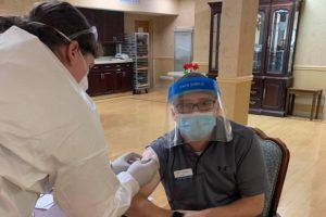 Former resident of Pottsville and alumni, Scott Thomas revives his COVID-19 vaccine at his local hospital. Hospitals are allowing pre-scheduling of it so as many people can stop the spread of COVID-19.